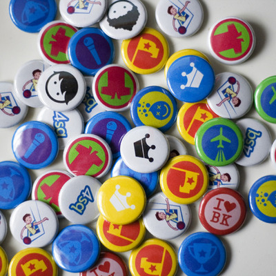Foursquare Pins by marsbot